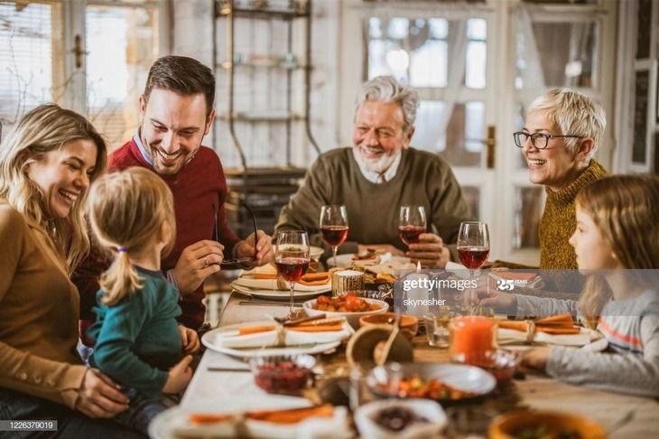 Always-Dine-Together-With-Stepchild